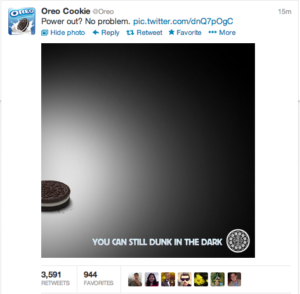 Oreo-Cookie-Dunk-in-the-Dark-Campaign
