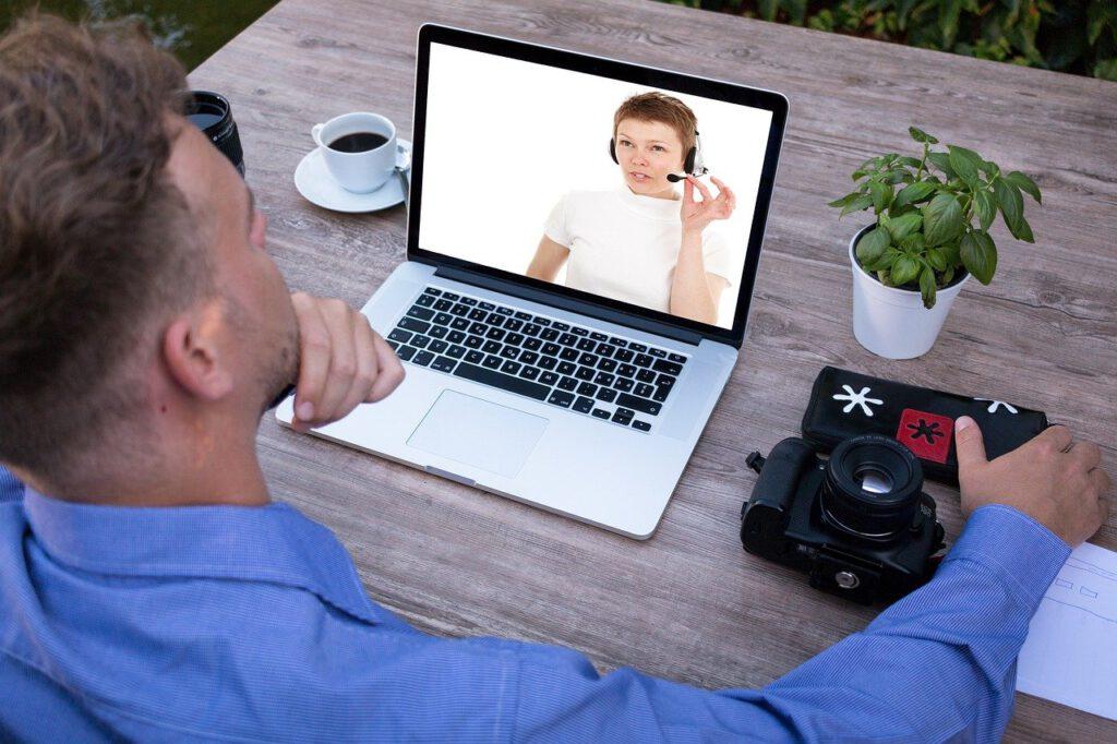 สื่อสารผ่านวีดิโอแบบ Face-to-face
