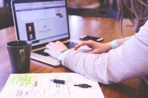 ทำพรีเซ็นต์ให้ชนะใจการทำ Online Business Matching